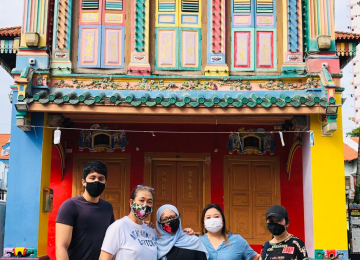 A Guided Tour of Little India: Journey of the Senses